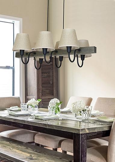gro e h ngeleuchte holz balken arme braun l nglich lampe. Black Bedroom Furniture Sets. Home Design Ideas